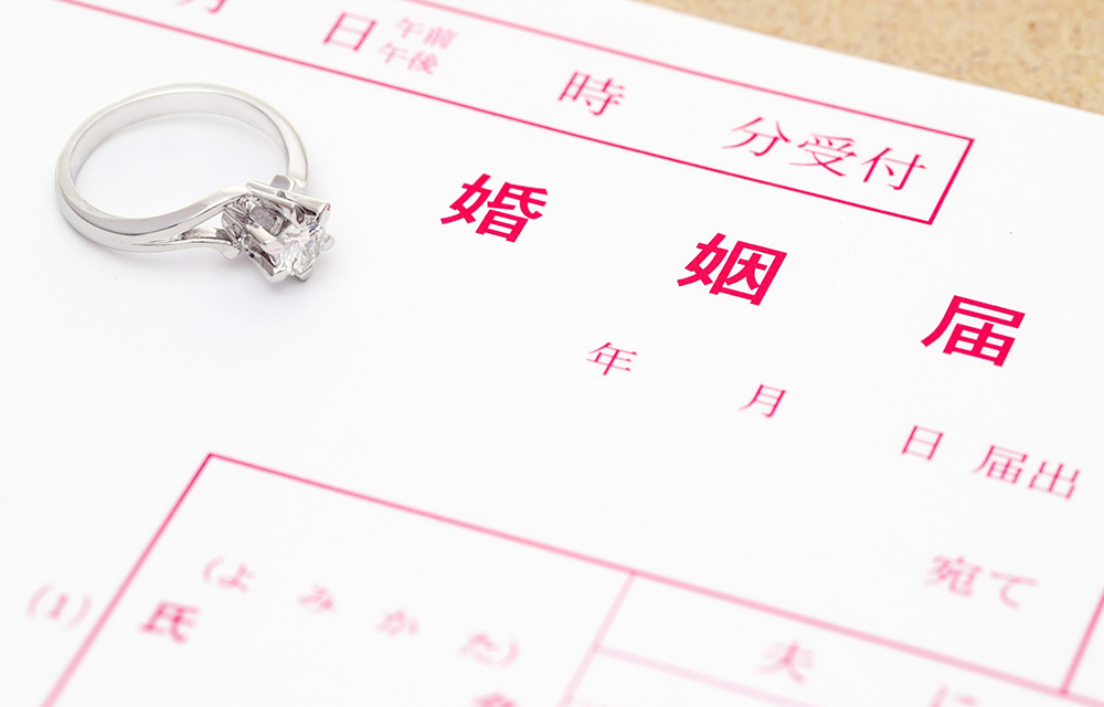 高額な結婚指輪・婚約指輪だとトラブルが多い?!